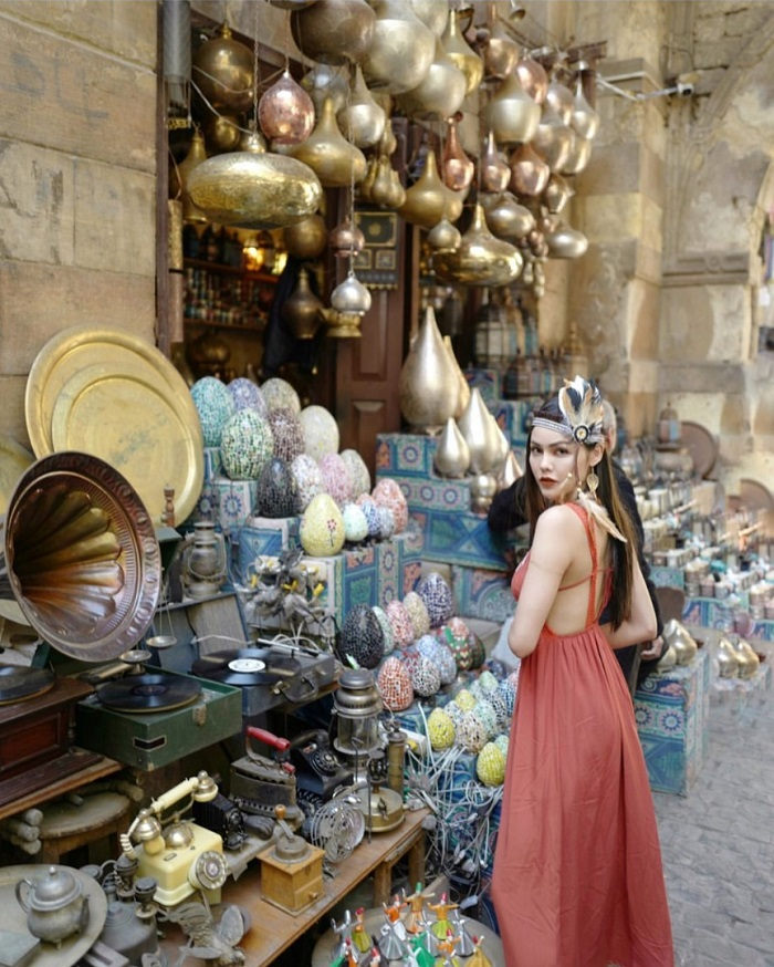 Discover the market of Khan El Khalili Egypt