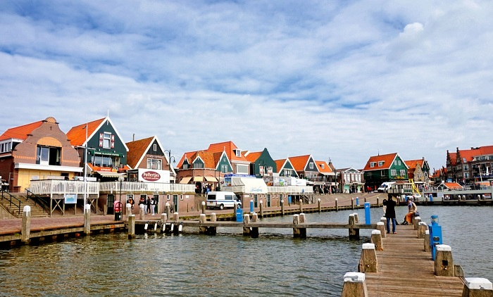 Tourism Volendam - the water town of the Netherlands