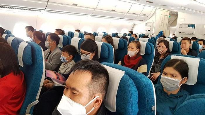kinh nghiệm đi máy bay mùa dịch