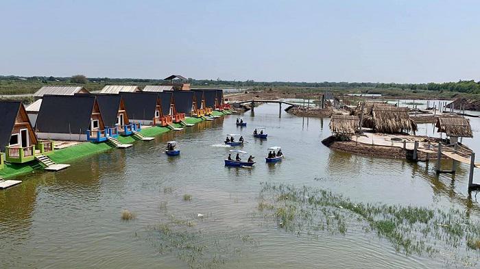 Từ thành phố Hồ Chí Minh đến khu du lịch làng Yến chỉ mất hơn 1 giờ đồng hồ.