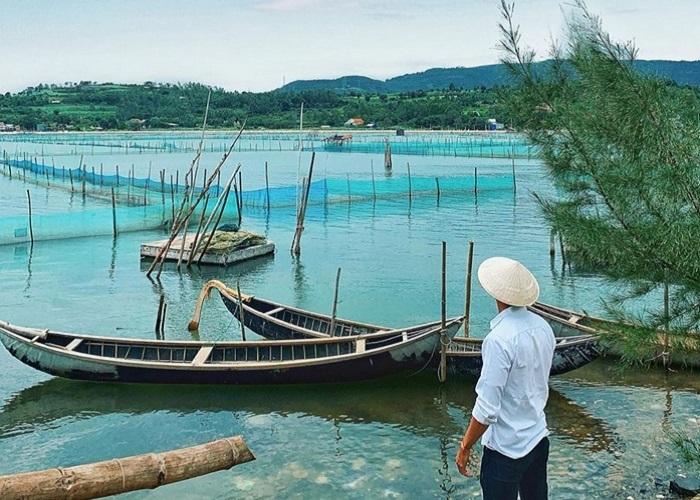 Khám phá vẻ đẹp của đầm Ô Loan Phú Yên
