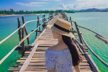 Khám phá vẻ đẹp độc đáo của cầu gỗ Ông Cọp Phú Yên