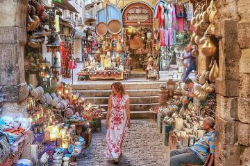 Dạo một vòng quanh khu chợ Khan El Khalili có từ thời trung cổ