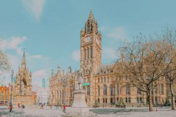 Khám phá thành phố Manchester sôi động của nước Anh