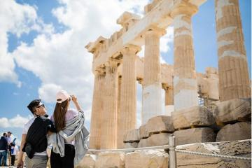 Tham quan thành cổ Acropolis và khám phá cả nền văn minh Hy Lạp cổ đại
