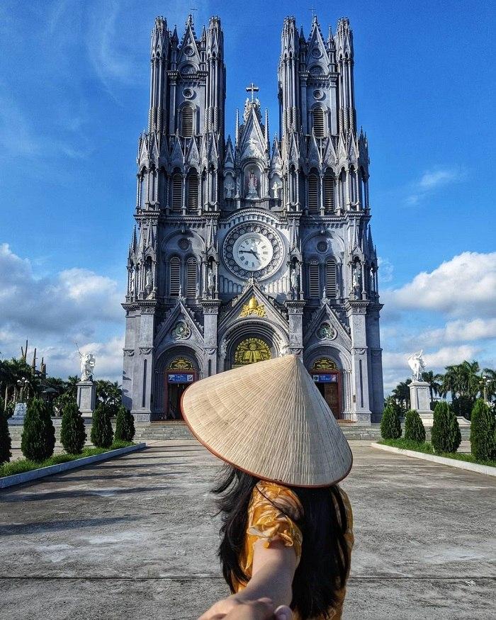 Kinh nghiệm du lịch 1 ngày ở Thái Bình nhà thờ Bác Trạch