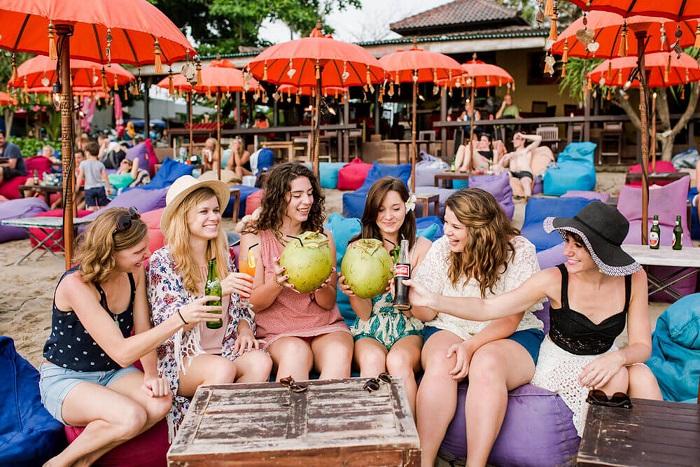 Những nơi đẹp nhất để chụp ảnh ở Bali - Bãi biển Seminyak