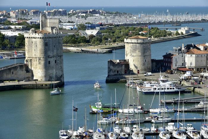 Đi thuyền ngắm cảnh đường bờ biển - Những hoạt động tham quan ở La Rochelle