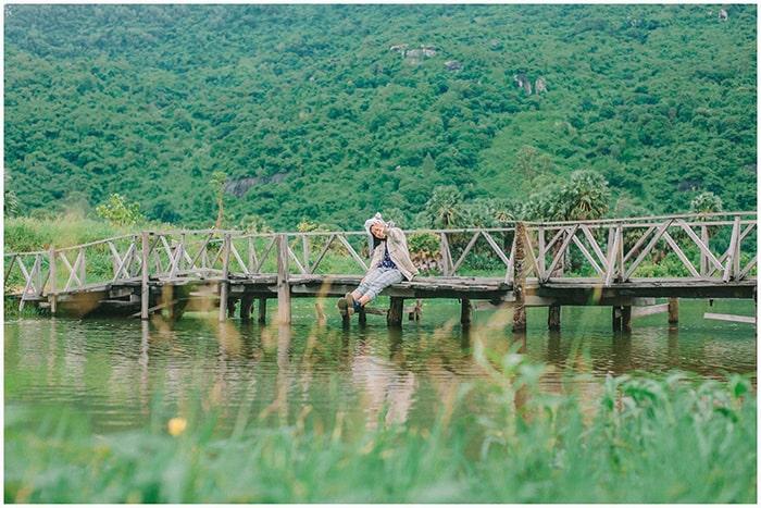 Hồ Ô Thum An Giang - Cây cầu gỗ nối liền 2 bờ