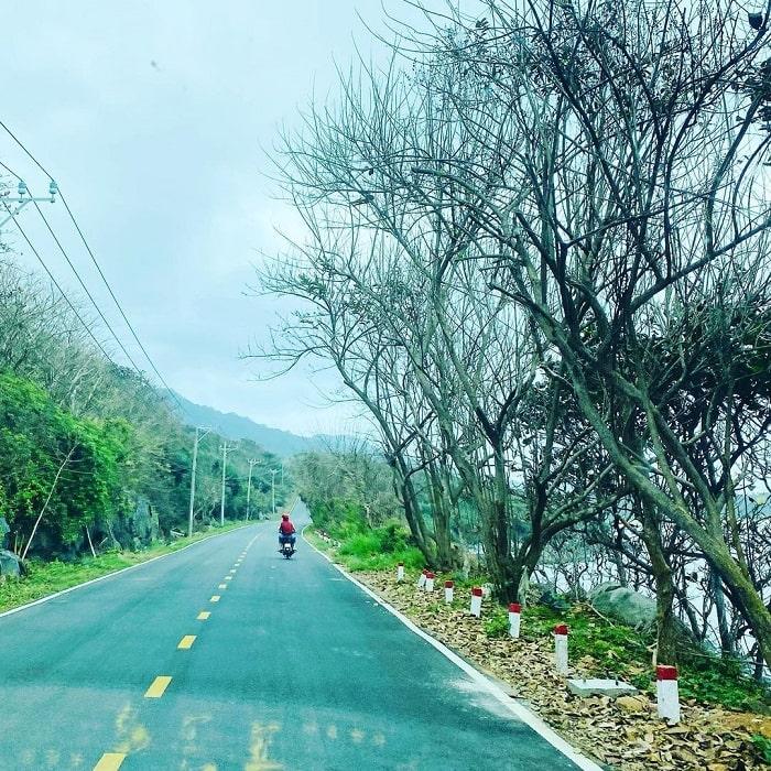 du lịch Côn Đảo chơi gì - thuê xe máy đi phượt