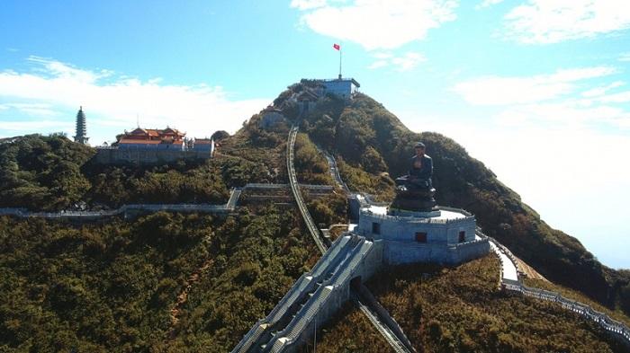 Kim Son Bao Thang pagoda is majestic