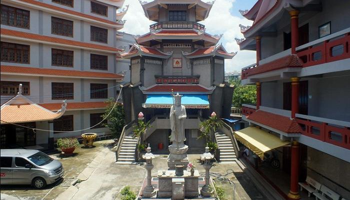 Saigon Vinh Nghiem pagoda - Xa Loi tower