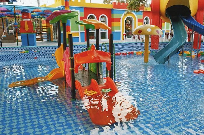 Công viên Lego Water Park - khu tắm mát
