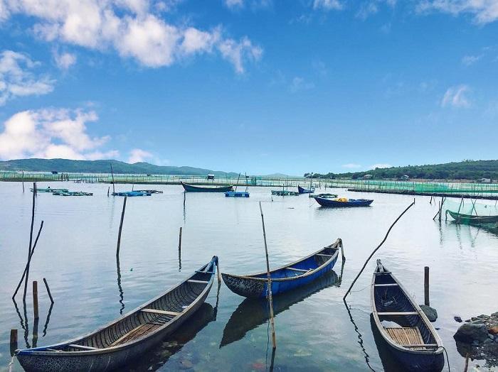 đặc sản đầm Ô Loan - đầm nước lợ nổi tiếng ở Phú Yên