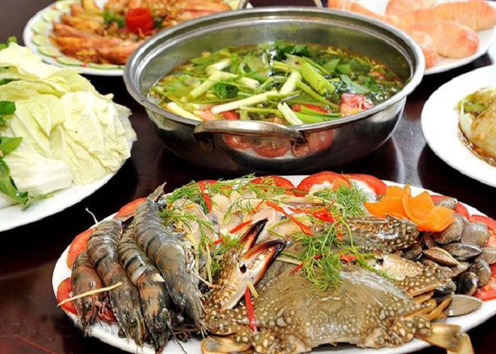 đặc sản đầm Ô Loan - lẩu hải sản