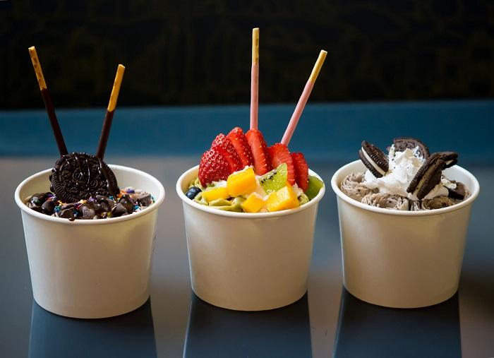Snacking address in Phu Quoc - Thai ice cream roll