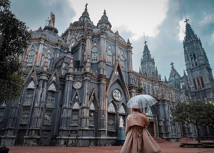 địa điểm chụp ảnh đẹp ở Nam Định- nhà thờ Nghĩa Hưng