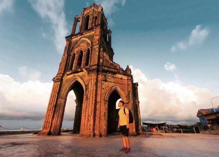 địa điểm chụp ảnh đẹp ở Nam Định- nhà thờ đổ Hải Lý