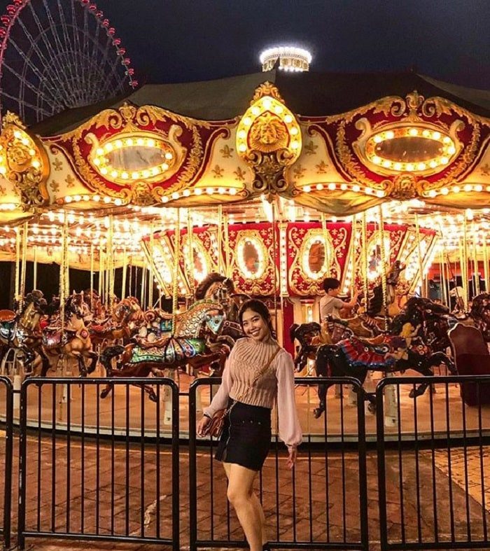 Asia Park - night tourist destination in Da Nang can not be missed