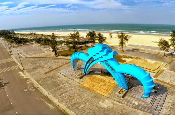 Đồi cát vàng Nhĩ Hạ -  bãi biển Cửa Việt
