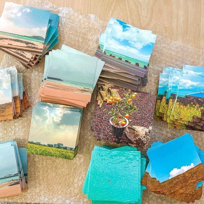 du lịch Hàn Quốc mua gì làm quà - bưu thiếp phong cảnh