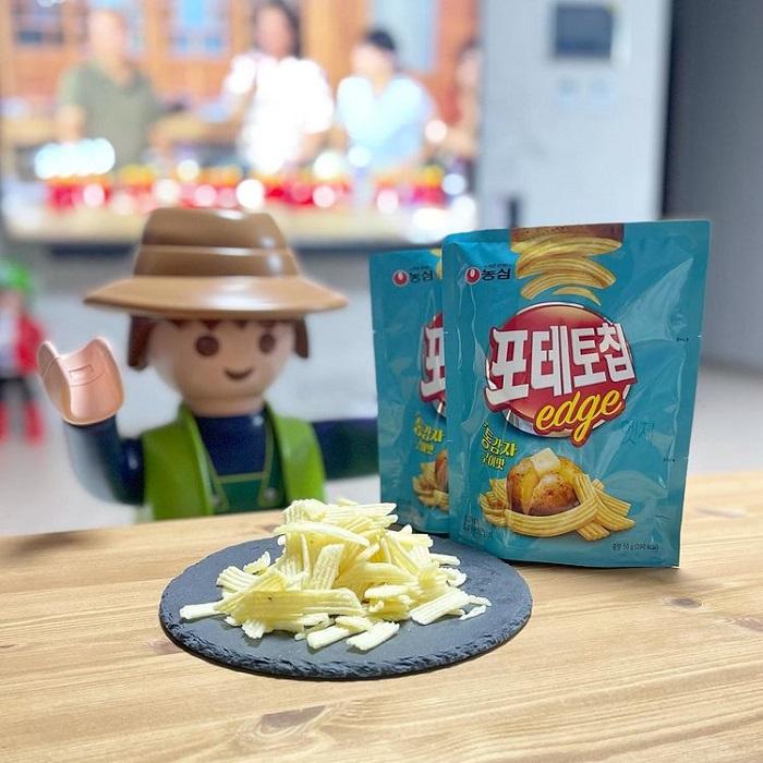 du lịch Hàn Quốc mua gì làm quà - snack khoai tây