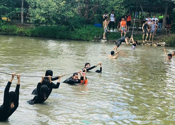 Khu du lịch sinh thái Lung Cột Cầu - trò chơi dân gian hấp dẫn