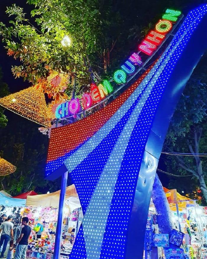 kinh nghiệm du lịch Quy Nhơn 3 ngày 2 đêm - mua quà ở chợ đêm