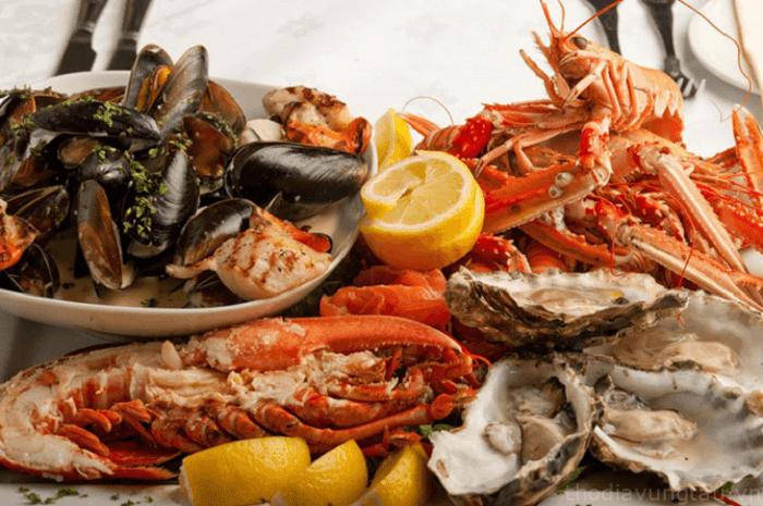 kinh nghiệm du lịch Tết Côn Đảo - thưởng thức hải sản