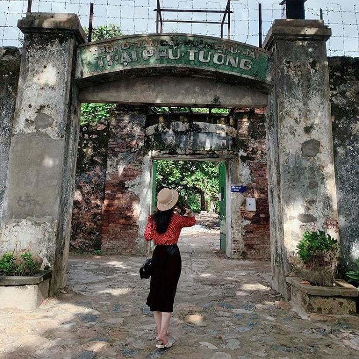 kinh nghiệm du lịch Tết Côn Đảo - thăm nhà tù Côn Đảo