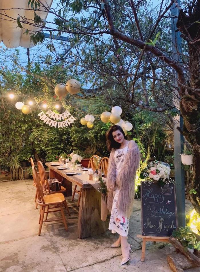restaurant in Dalat dating Nha-go-1 Valentine's Day