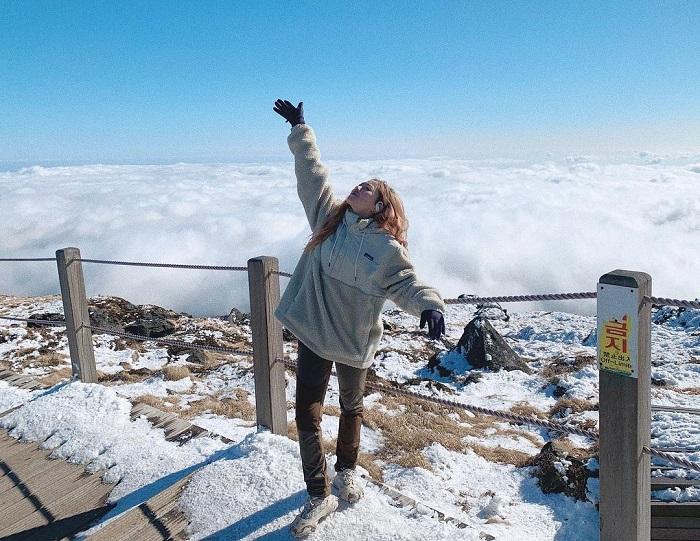 núi Hallasan Hàn Quốc - điểm săn mây ấn tượng