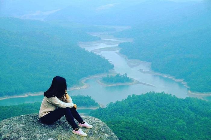 Chong Da Mountain in Quang Ninh - Enjoy the beautiful scenery from the virtual live rock