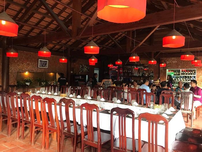Delicious eateries near Bai Dai Phu Quoc- Hai Nam Quan