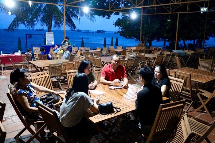 Good food restaurant near Sao Phu Quoc Beach - My Lan restaurant