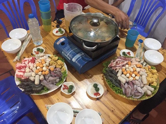 Quán ăn ngon Lạng Sơn - lẩu ốc Ku Sửu