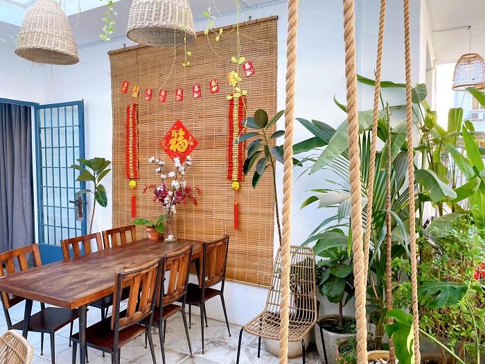 Những quán cafe trang trí Tết ở Sài Gòn - De Tuilo