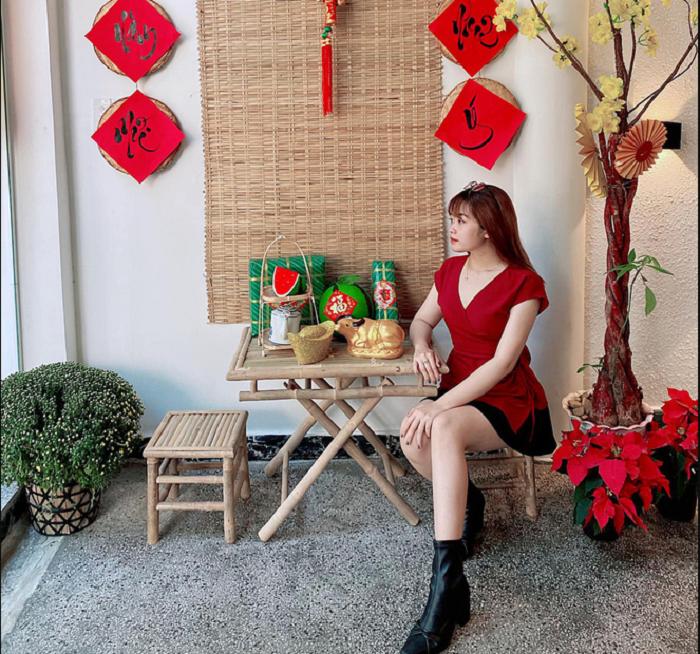 quán cafe trang trí Tết ở Sài Gòn - Sargon Bistro & Coffee