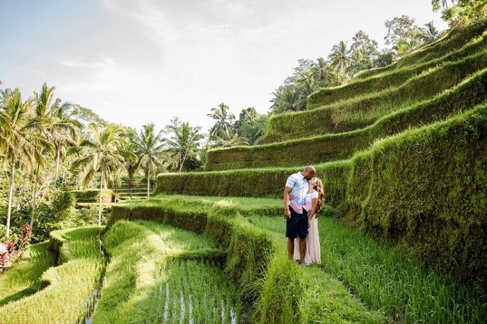 Tạo dáng trên những thửa ruộng bậc thang đẹp nhất Ubud - Những nơi đẹp nhất để chụp ảnh ở Bali