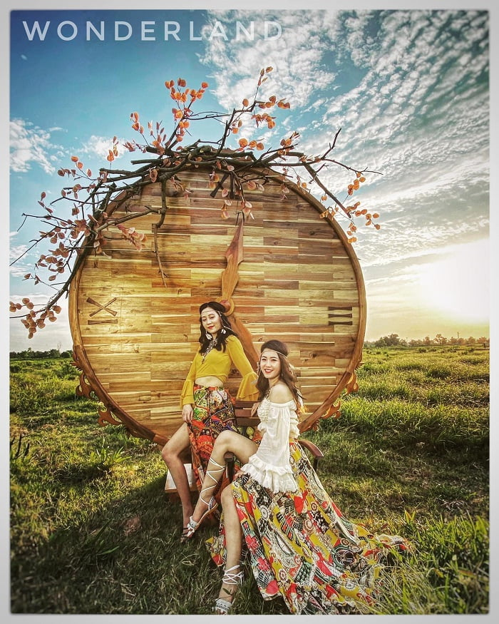 Wonderland - a beautiful wedding photography spot in Hai Phong makes couples fall in love