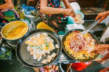 Đánh chén 'bét nhè' tại 4 hẻm ẩm thực giá rẻ ở Sài Gòn