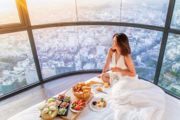 Review các khách sạn quận 7 Sài Gòn đẹp và nổi tiếng nhất