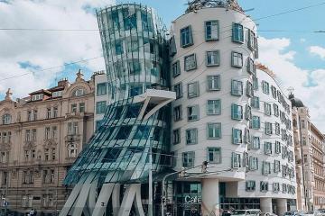 Ngỡ ngàng trước kiến trúc độc lạ của tòa nhà khiêu vũ ở Séc