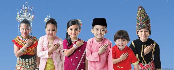 Khám phá văn hóa Malaysia qua việc  chào hỏi, giao tiếp