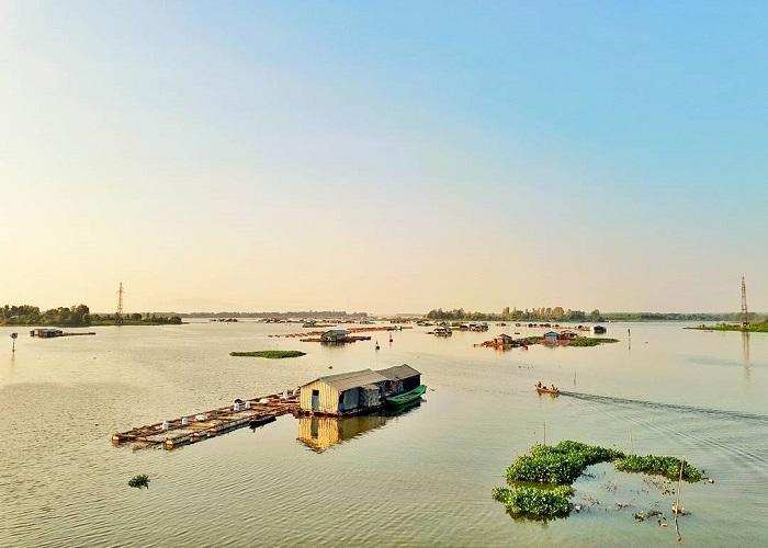 Nét đẹp thanh tịnh làng bè cá La Ngà Đồng Nai