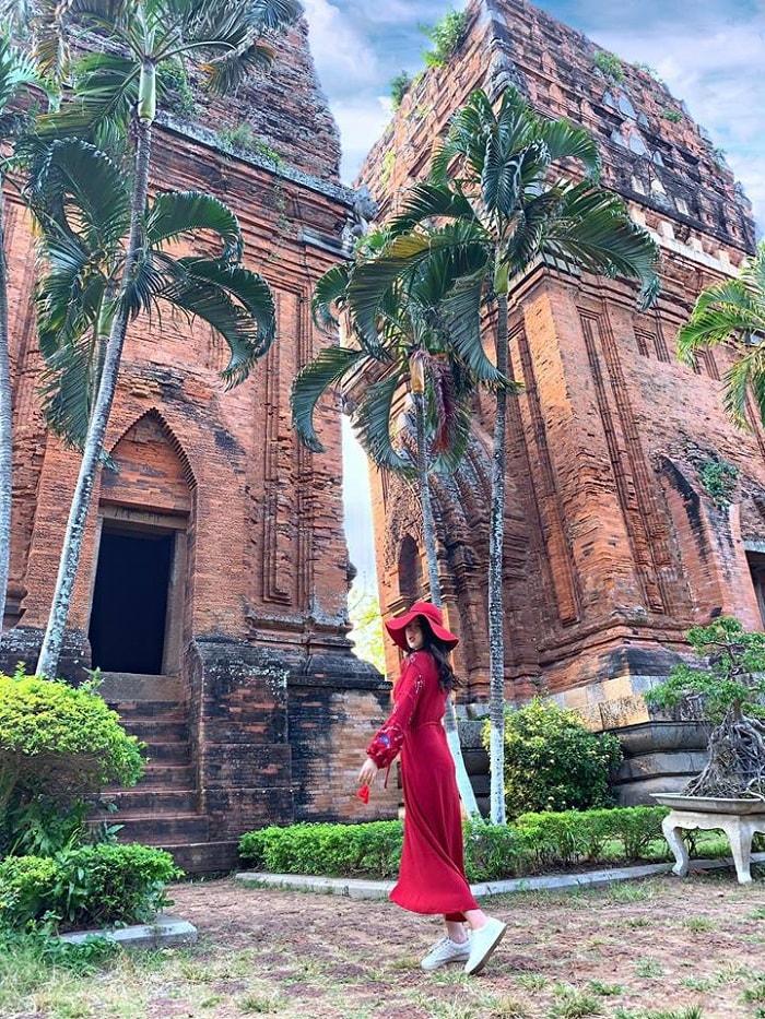 Tháp đôi Quy Nhơn - nét kiến trúc văn hóa Chăm Pa độc đáo