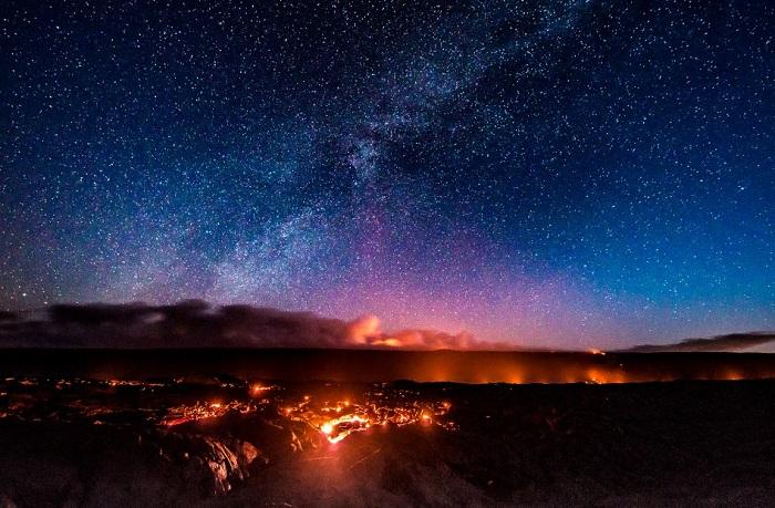 Ngắm vẻ đẹp siêu thực của thiên nhiên trong công viên núi lửa Hawaii
