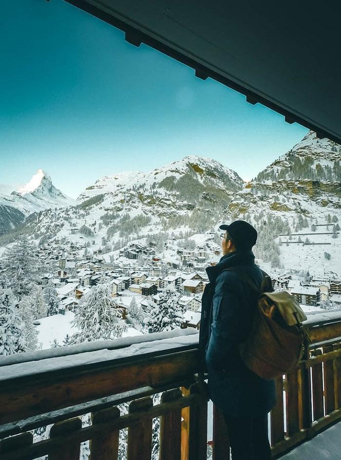 Zermatt được nhiều du khách ví von là ngôi làng đẹp như cổ tích của Thuỵ Sĩ.
