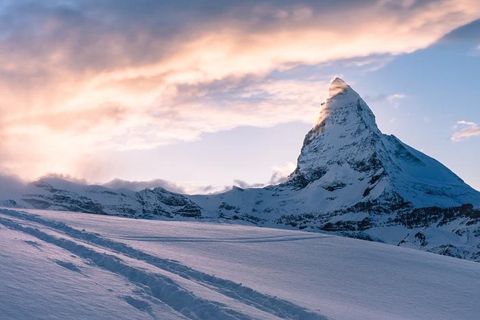 Zermatt là điểm dừng chân tuyệt vời trong hành trang du lịch Thụy Sĩ.