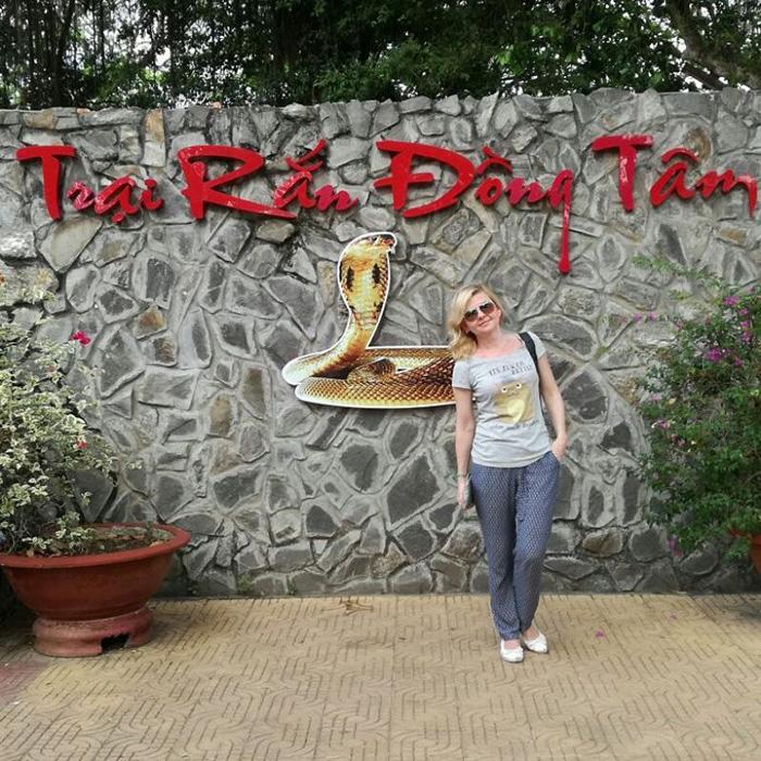 Trại rắn Đồng Tâm là khu nuôi dưỡng rắn lớn nhất Việt Nam.